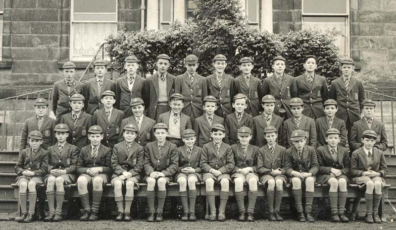 Class Peter Barry.jpg - Back Row:- Robin Smith, Mike Nugent, Ken Somerville, Eric Archibald, Peter McCloskey, Joe McQuade, Leo Stone, Peter Fallowfield, Ricky Marcari, ?. Middle Row:- David Nelson, Tony Thain, Des Anderson, Chris Valberg, Alan Brown, Mike Nagel, Peter McMillan, ?, Dhane Campbell, Jimmy Orr, John Brochie. Front Row:-Lindsay Wilson, Mike Dougall, Gerry D'Agostino, Sandy McNab, Lawrence Cassidy, Kenneth Kerr, Tom Flaherty, Ian Cunning, John Davies, Nigel Smith,John Malone, Peter Barry.