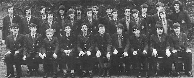 Class Photo 2 1973.jpg - Class photo taken in 1973. Alan Tansey (Front row far right)
