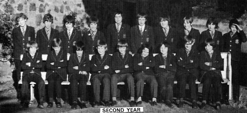 Class Photo Second Year 1974.jpg - 2nd year 1974.