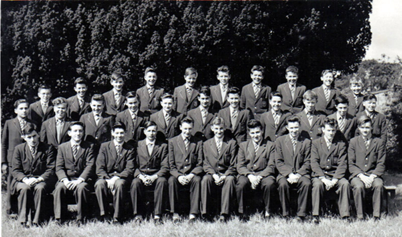 "Class Photo with Derek Everest.jpg - PHOTO PROBABLY TAKEN 1960  -  3RD YEAR. PUPILS  IN PHOTO  (ALL  ROWS  FROM  LEFT  TO  RIGHT) Back Row Brian ECKERSLIE;  Lindsay WILSON;  Nigel SMITH;  Roddy ZENTIL;  William MORRISON;  John MALONE;  Ronnie ROWLEY;  Sandy McNAB;  Eugenio GALBRAITH;  Peter YEO. Middle Row Jone MALONE;  John BROACHIE;  Kenneth MAIDENS;  Zbigniew McCLOSKEY;  Eddie JONES;  Michael DOUGALL;  Tom FLAHERTY;  Tony WARD;  Robert ROSS;  Kem SOMERVILLE;  James McARDLE.Front RowMax GUNN;  John LYNCH;  Gerald D'AGOSTINO;  ""Teddy"" DZIERZEK;  David KELLOCK;  Leo STONE;  Leo STONE;  Derek EVEREST;  Brian HUNT;  Michael REYNOLDS;  Michael LEWIS."