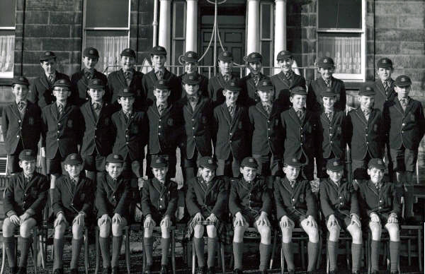 Class Photo.jpg - Class Photo, Year unknown. Photo supplied by George Dudgeon.