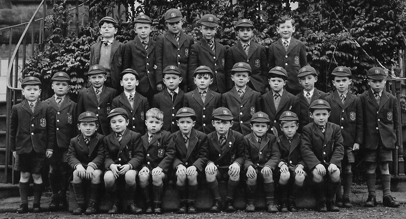P3-1956.jpg - Primary 3 in 1956, including in the photo is Frank Dougan (3rd from the right back row),can you name the rest?